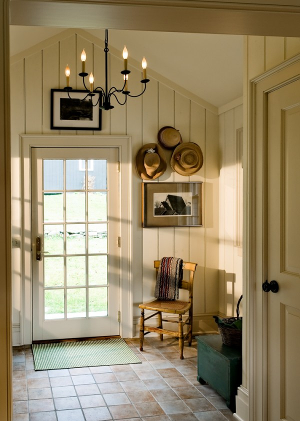 Simple Entry Hall