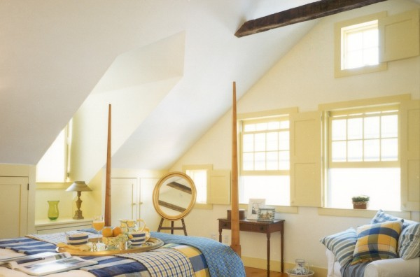 Open Ceiling Guest Room