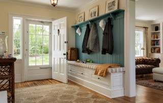Entry with Hooks and Storage