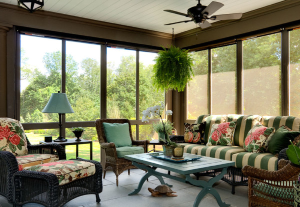Entertaining Screened Porch