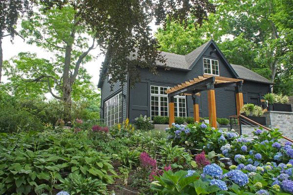View From Garden: Rachel Hutami-Crisp Architects