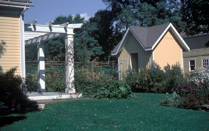 Garden Structures (Expanded)