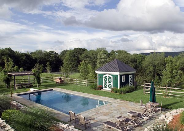 Simple Pool House