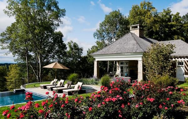 Poolhouse Garden