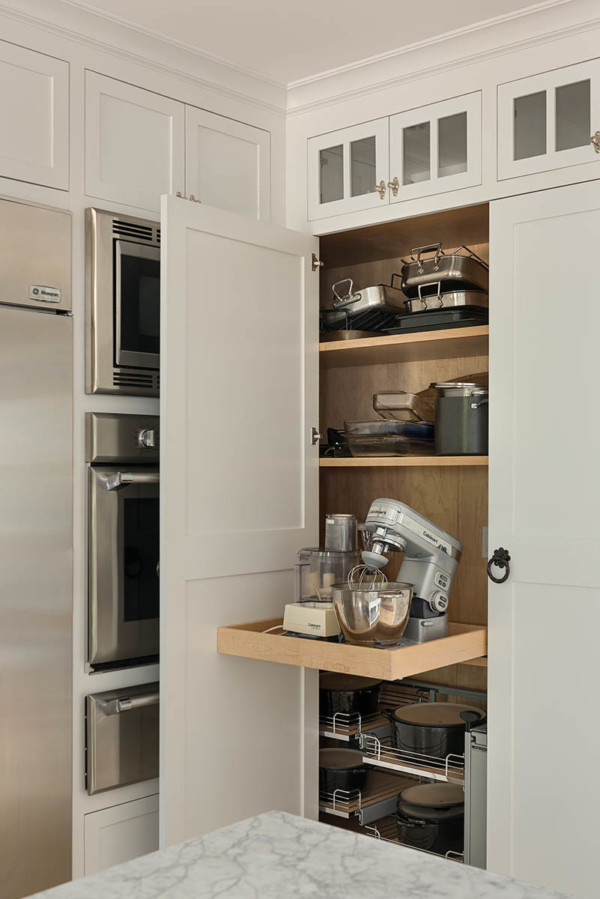 Pull Out Appliance Storage