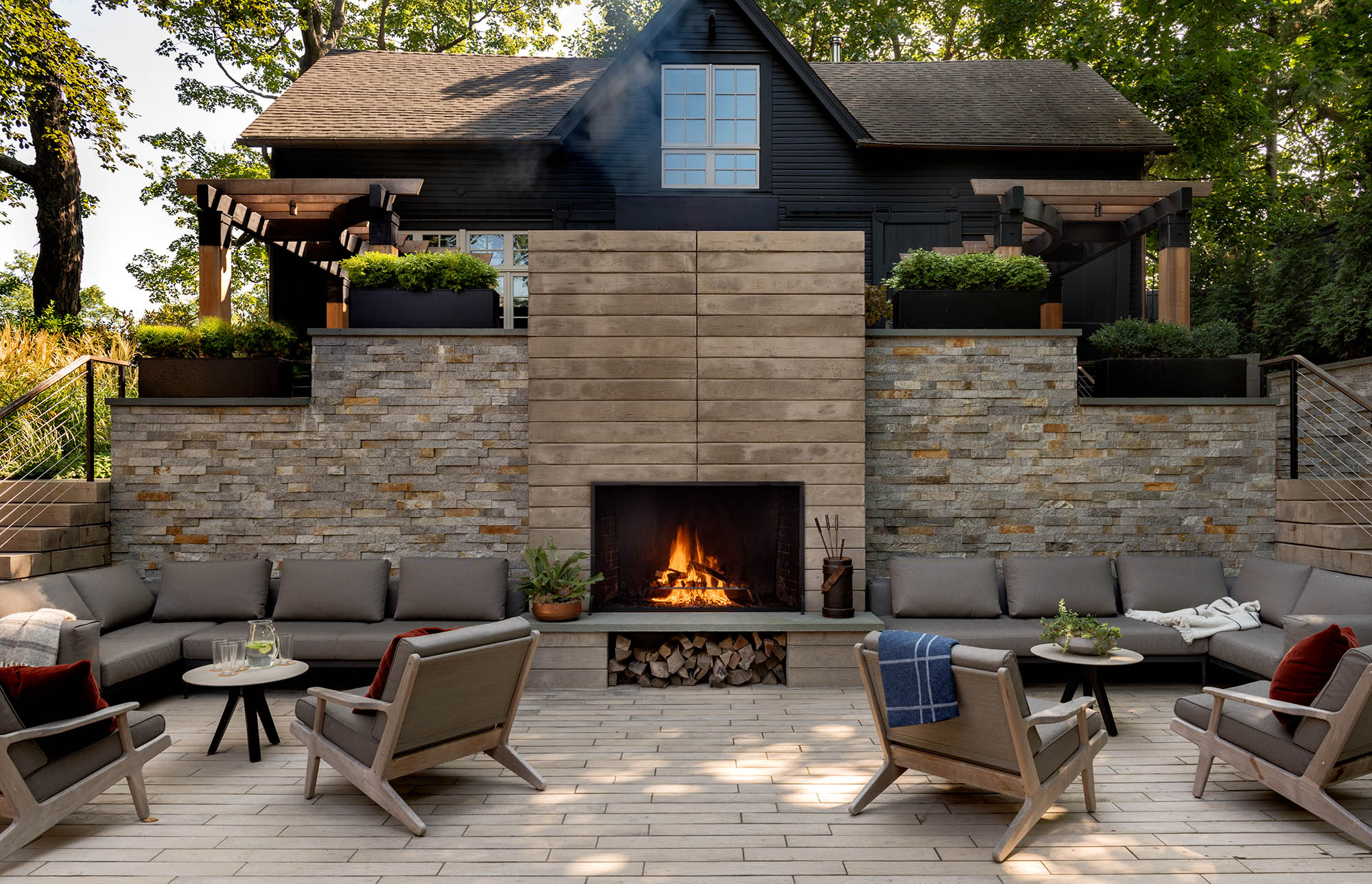 15 outdoor living spaces on the drawing board - Outdoor living spaces with fireplace ...