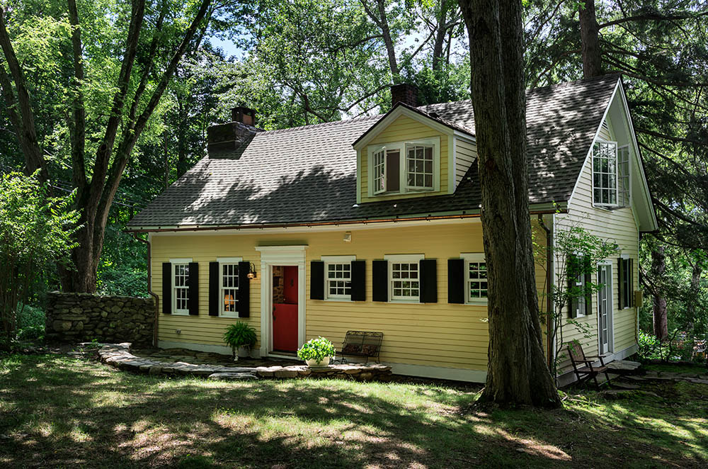 Writers Cabin-Guest House